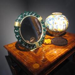 specchio e vaso